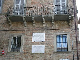 Polydore Vergil - Vergil's family home and alleged birthplace in Urbino, marked with a plaque (the lower of the two)