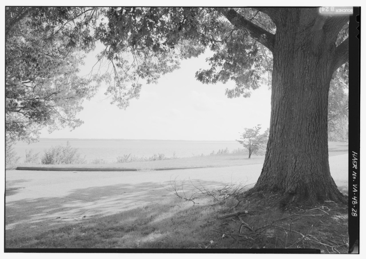 River Island Parkway Evans Ga
