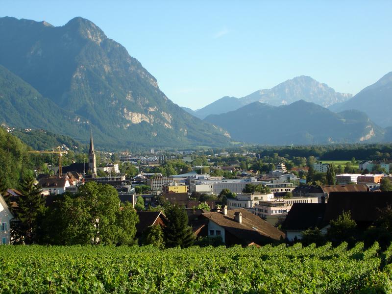 Liechtenstein: Blick auf die Hauptstadt Vaduz