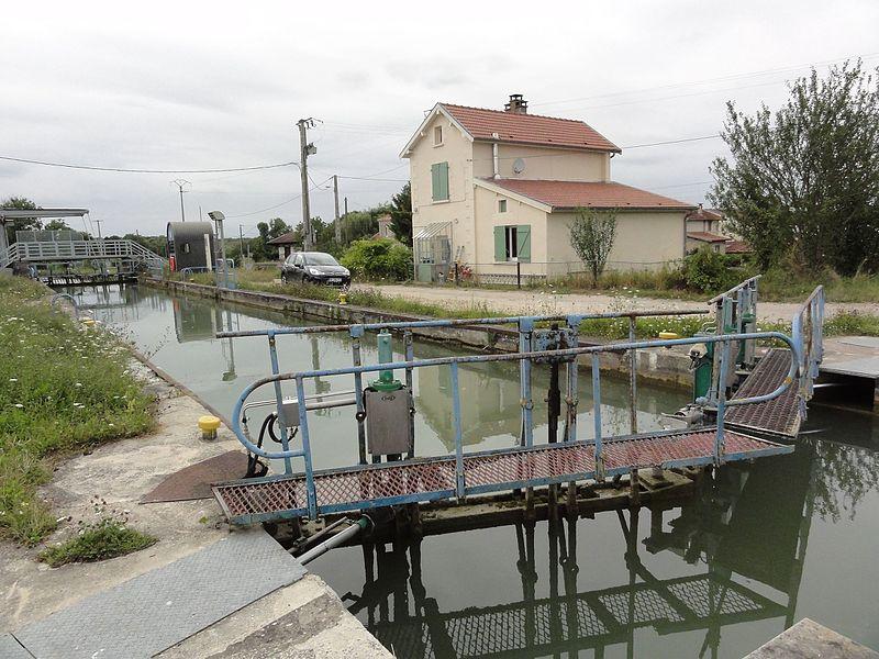 Val-d'Ornain (Meuse) Mussey, canal de la Marne au Rhin, écluse