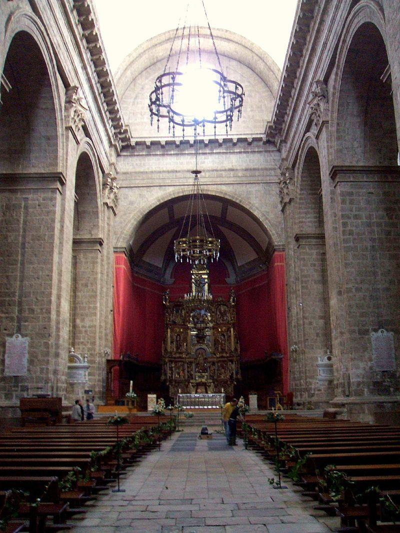 Valladolid - Catedral, interior 03.JPG