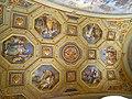 Vatican Museum (5987264440).jpg