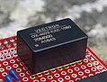Vectron OX-402 OCXO.jpg