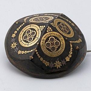 Piqué work - Victorian gold and silver piqué work brooch