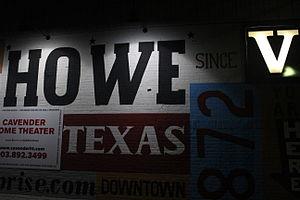 Howe, Texas - Howe's Victory Light