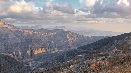 Roads leading to Jebel Jais, the highest mountain in the UAE (1,892 m), in Ras Al Khaimah. View from Jebel Jais - panoramio.jpg