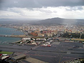 View of La Línea de la Concepción, from the Rock of Gibraltar.jpg
