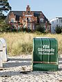 Villa Glückspilz in Binz vom Strand aus gesehen.jpg