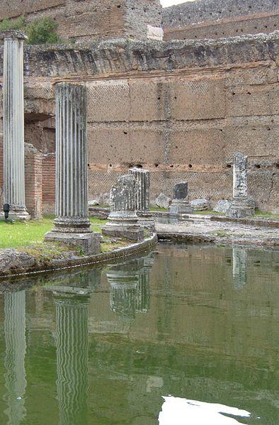 File:Villa adriana philosophers2005.jpg