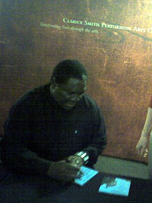 Vusi Mahlasela - Mahlasela in February 2009