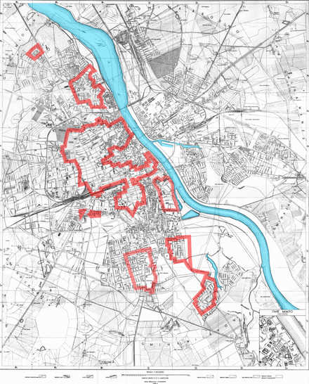 Polish Home Army positions, outlined in red, on the western bank of the Vistula (4 August 1944) Warszawa Powstanie 1944-08-04.png