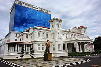 Northam Road, George Town - Wawasan Open University now occupies the Homestead, one of the more majestic mansions along Northam Road.