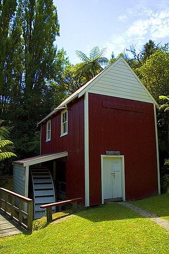 Whanganui River - Kawana flour mill, 1854 (restored), Matahiwi