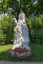 "Wien, Zentralfriedhof, Grab ""Johann Strauss (Sohn)"" -- 2018 -- 3205.jpg"