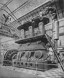 Photographie d'une machine à vapeur massive Willans and Robinson, datant de 1903.