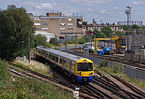 Willesden Junction station MMB 51 378209.jpg