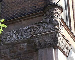 Sergio Rossetti Morosini - Image: Winged Lioness, stone, Brockholst Landmark bldg. sculpted by Sergio Rossetti Morosini. (photo Tom Miller)
