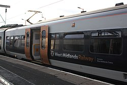 Wolverhampton - WMT 323201 (PTSO 72201).JPG