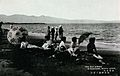 Women sitting on the shore of Beppu, Japan Wellcome V0049852.jpg