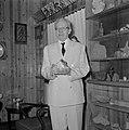 Yitzhak Ben Zvi, de tweede president van Israel van 1952 tot 1963 in zijn woning, Bestanddeelnr 255-4229.jpg