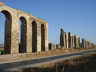 Zaghouan Aqueduct - Restored section on the plane of La Soukra, shortly before Carthage