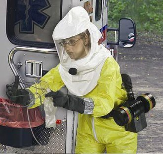 Powered air-purifying respirator - Image: Фильтрующий респиратор с принудительной подачей воздуха под капюшон