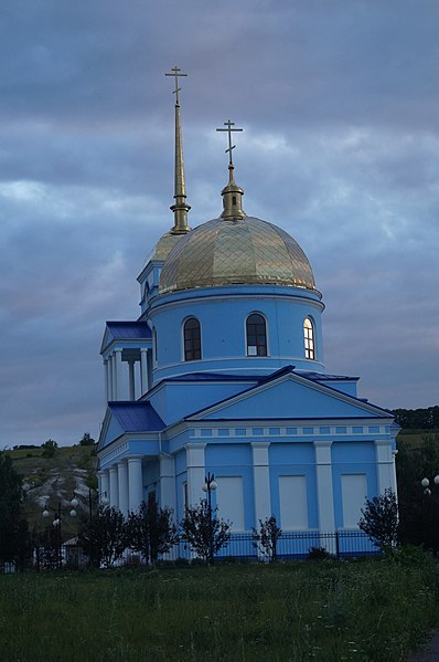File:Церковь Тихвинской иконы Божией Матери в Ютановке 2.JPG