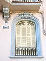 163 Cal Roig, o casa del Doctor Juncà (Monistrol de Montserrat), finestra.JPG