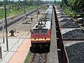 18463 Prashanti Express at Alamanda with WAP-4 Loco.JPG