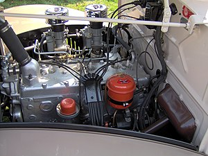 Chrysler flathead engine - Image: 1937 Dodge Brothers coupe engine