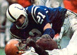 Rick Volk - Volk playing for the Colts in 1971