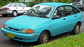 1994-1996 Ford Festiva (WB) GLi 5-door hatchback (2011-03-10).jpg