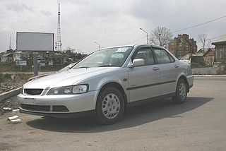 Isuzu Aska Mid-size sedans