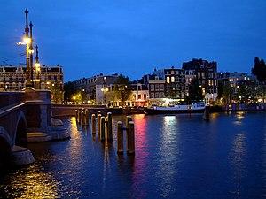 Amstel - Image: 2003 07 26 22Uhr 10 Niederlande Amsterdam