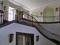 2004-08-23-bonn-universitaet-innenansicht-treppenaufgang-hofgarten-01.jpg
