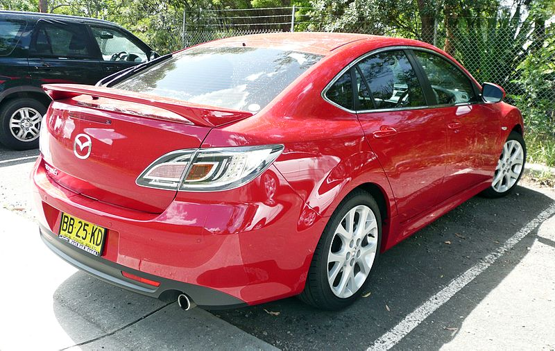پرونده:2009 Mazda6 (GH MY09) Luxury Sports hatchback (2009-11-29).jpg