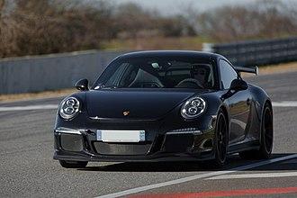Porsche 911 GT3 - Image: 20140207 Black Porsche 991 GT3 Club ASA Circuit Pau Arnos