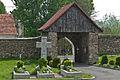 2014 Kamienica, kościół św. Jerzego, mur 08.JPG