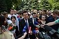2015-05-28. Последний звонок в 47 школе Донецка 167.jpg