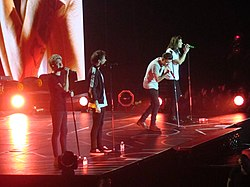 "2015 - One Direction ""On The Road Again"" (Sheffield) One Direction (22435250010).jpg"
