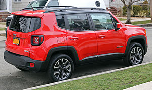 Jeep Renegade (BU) - A 2015 Jeep Renegade Latitude with a black interior and the 2.4 MultiAir engine