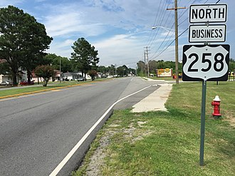 U.S. Route 258 - View north at the south end of US 258 Bus in Franklin