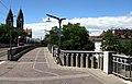 2020-07-05 Stühlingerbrücke in Freiburg; Westrampe nördlicher Teil vor der Sanierung mit altem Geländer.jpg