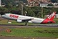 A320 LATAM SBPA (33516713960).jpg