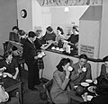 A canteen lounge of the Women War Workers' Club at Darlington House in Wolverhampton, 1943. D17474.jpg