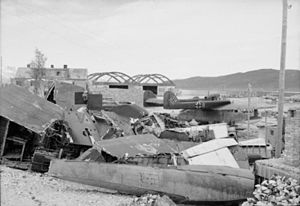 Abandoned German seaplanes at Tromso 1945.jpg