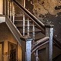 Abandoned Stairway Kolmanskop (143218913).jpeg