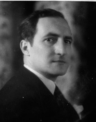 José Antonio Aguirre (politician) - Image: Agirre Lekube lehendakaria (cropped)