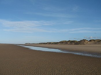 English: Ainsdale Sands The wide expanse of sa...