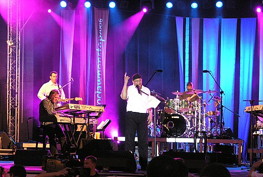 Al Jarreau met band in Wrocław (Polen) in 2006.